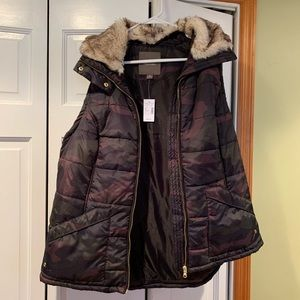 Maurices camo puff vest